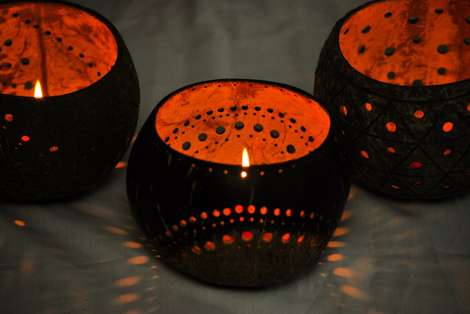Coco Candle holder- The Moon light